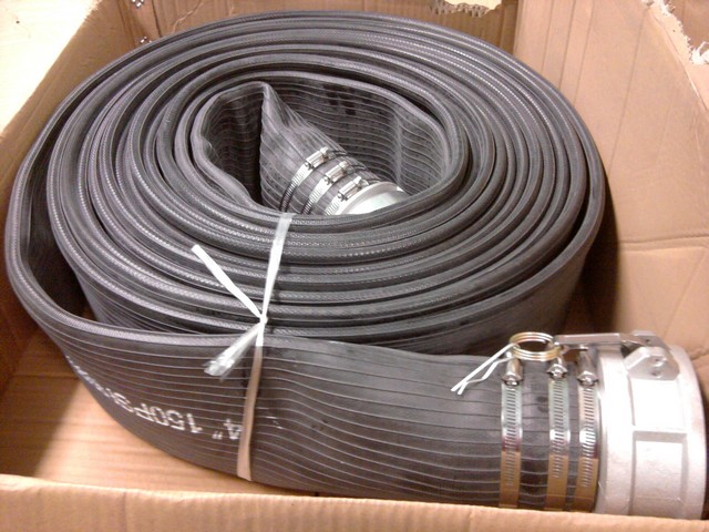 Layflat flexible discharge hose for industry and agriculture. High UV and abrasion resistant cover for use in rugged environments. & FLOWMASTER-DISCHARGE-HOSE